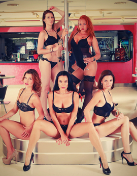 ShowPark MARKET,  Sexy Sauna, erotic club Tel: +420 733 315 025