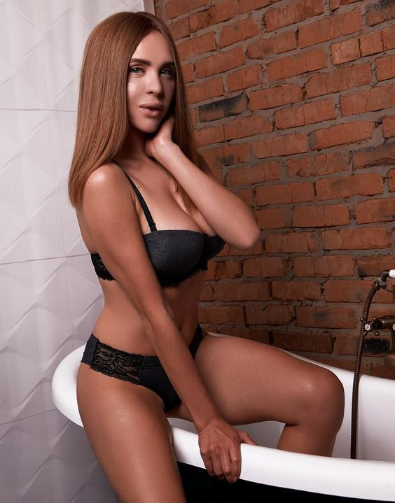 View MONICA  RealPic, Independents Escort   Tel: +420 774 540 648