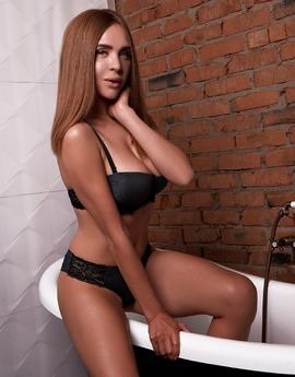 ViewMONICA  RealPic,  Escort Prague Tel: +420 774 540 648