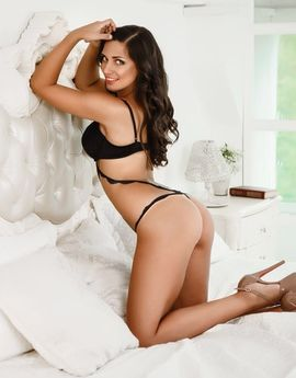 View Vanesa,  Escort Prague Tel: +420773035474