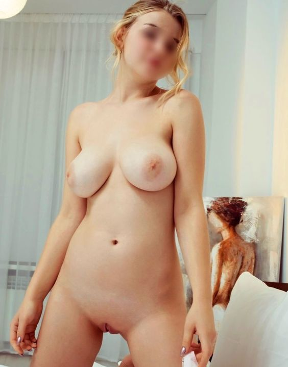 View Busty Janette, Independents Escort | Tel: +420 770 637 283