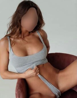 ViewValentina,  Escort Prague Tel: 721119802